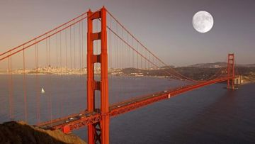 Full moon over San Francisco's Golden Gate Bridge